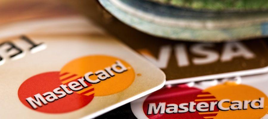 Как оформить займ на карту Сбербанка круглосуточно и с плохой кредитной историей